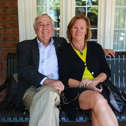 Bill and Susan Quirk 2015 EN-GK alum dedication2.jpg